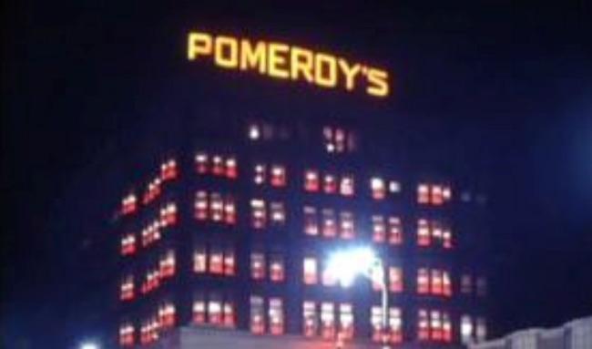 Pomeroy's - Christmas - Reading PA